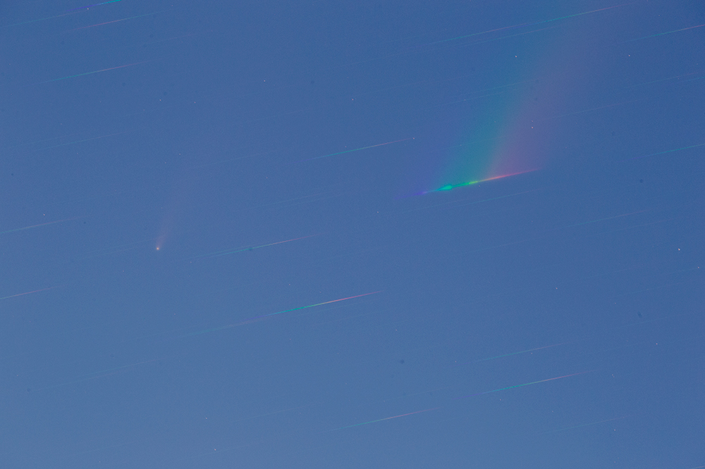 comet through diffraction grating